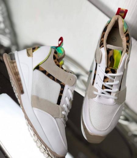 Sneakersy z transparentną wstawką w podeszwie 1