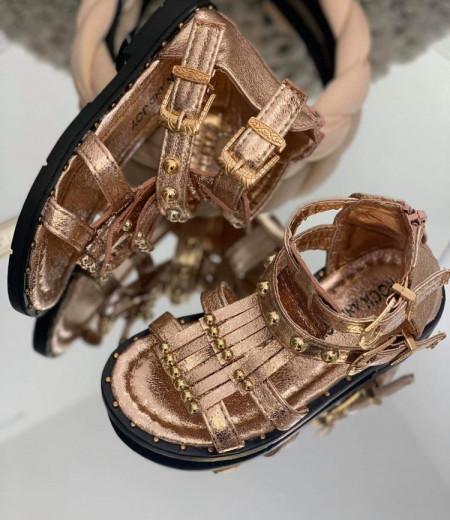Sandały dziewczęce w kolorze szampańskim