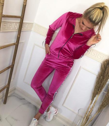 Welurowy dres Pink