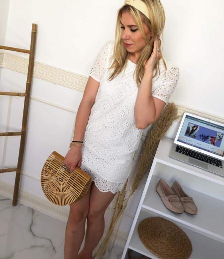 Biała ażurowa sukienka Lisa 1