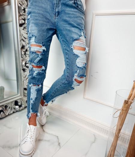 jeansy boyfriend z przetarciami CLEO 3